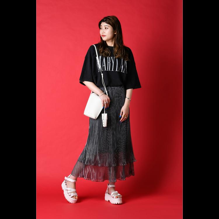 ビッグTシャツ/スカート/サンダル