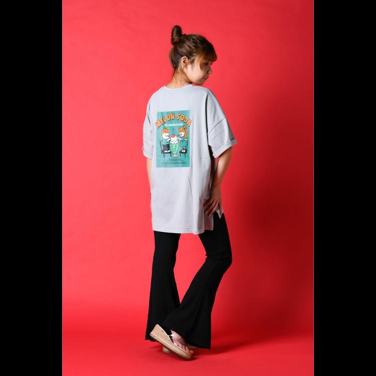 Tシャツ/パンツ/サンダル